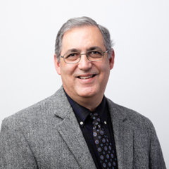 Dr. Nicolas Llorens
